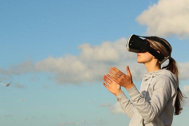 dívejte se virtuálně