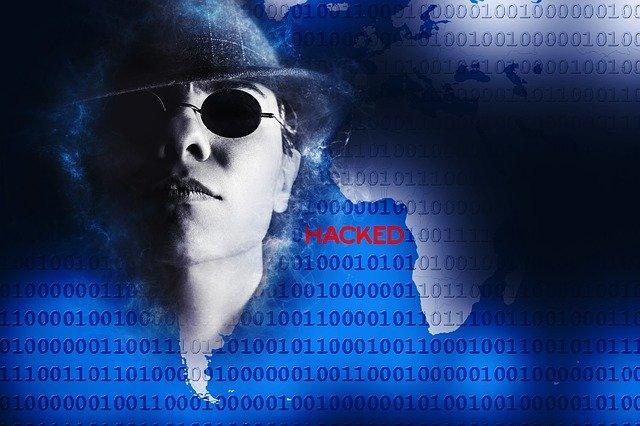 brýlatý hacker